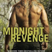 Review: Midnight Revenge by Elle Kennedy