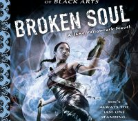 Review + Giveaway: Broken Soul by Faith Hunter