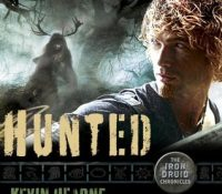 Listen Up! #Audiobook Review: Hunted by Kevin Hearne