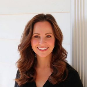 Image of author Jenny Hale